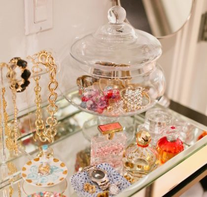 Jewelry-Storage-Chic-Fashion-SheIs-Magazine.jpg01